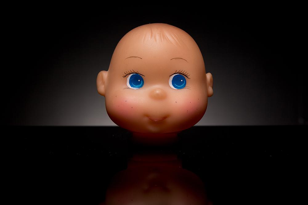 tisk očí panenky